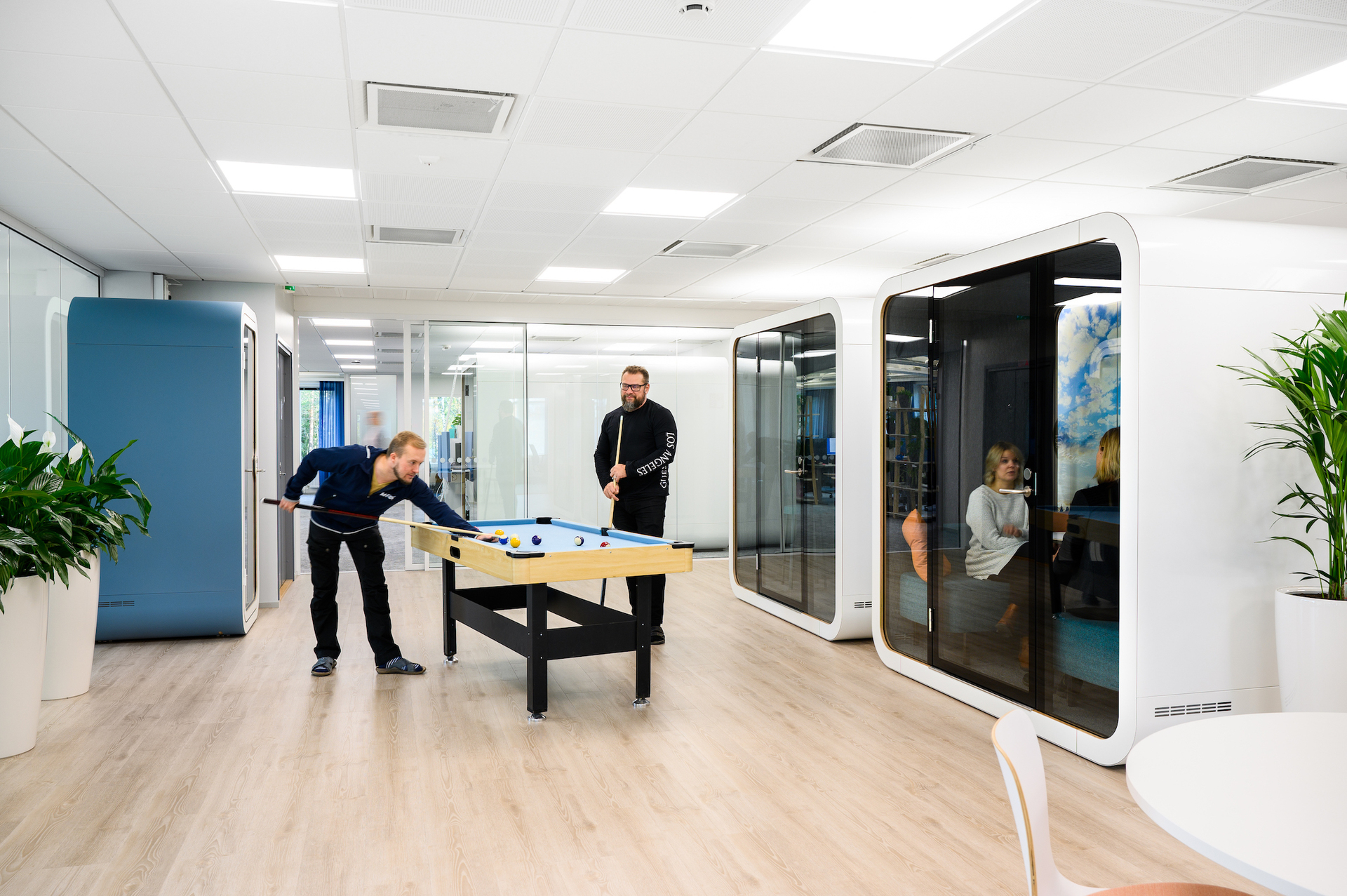 Patented innovations make Framery office pods a happy place to be. Inside it's always quiet and the air is always fresh.