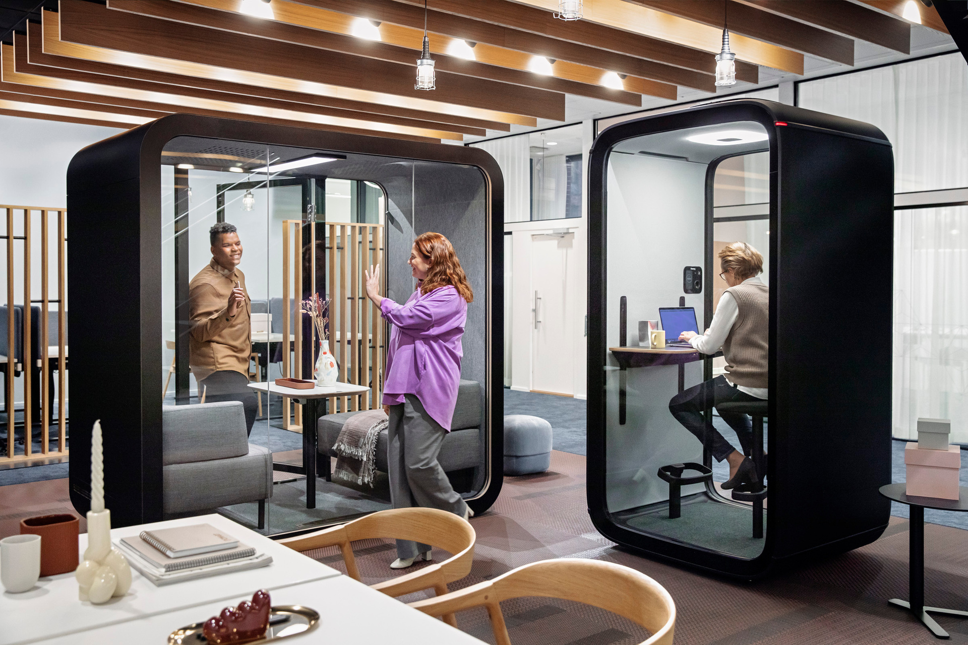 Looking for a small office phone booth for important phone calls? Or maybe a bigger pod for team working and co-creating? Framery allows you to design yours to suit your needs from a wide range of useful accessories, fashionable colors and flexible interior options. Choose what you like, and we'll make it happen.