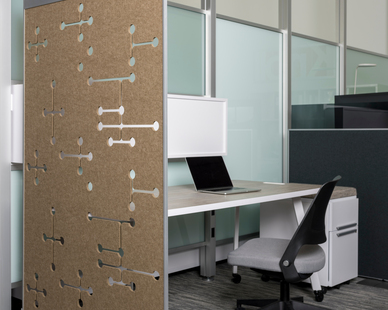 These lightweight, freestanding acoustic dividers easily separate employees and quickly reconfigure an office, adding color, art, and visual privacy between individuals or teams.