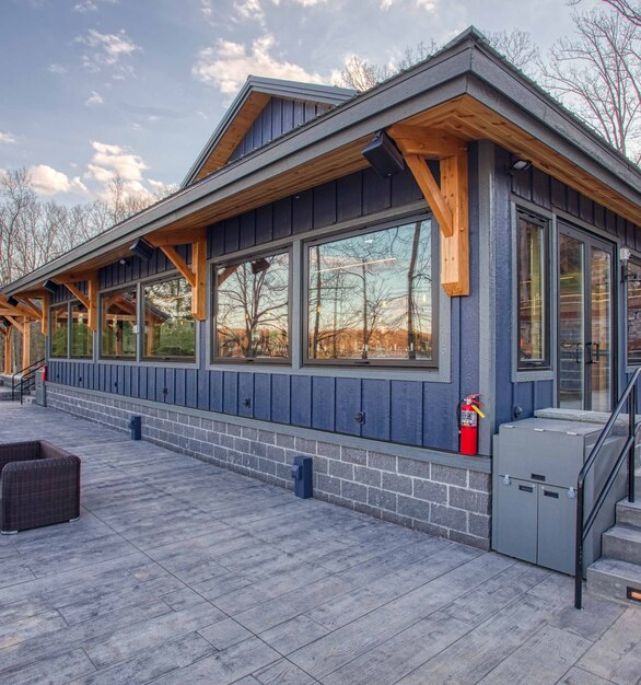 The Firewater Kitchen and Bar used 25 Gas Strut Windows by ActivWall.