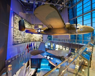 The interior exhibits showcase the variety of airplane and war artifacts of World War II. The versatility of precast allowed for increased open space inside the building, eliminating the need for columns and obstructions.