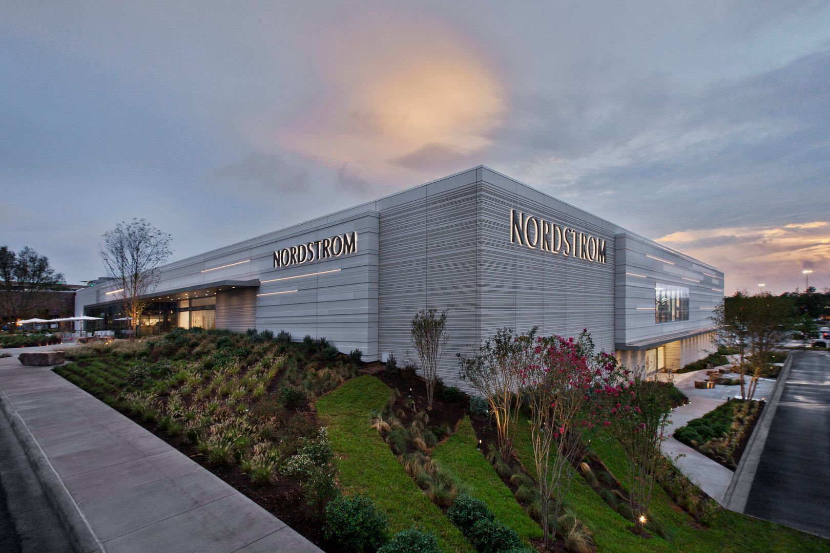 The contemporary look at the Nordstrom in The Woodland, TX, featuring the aesthetic versatility of precast concrete that became the new store signature and representative of their branding.