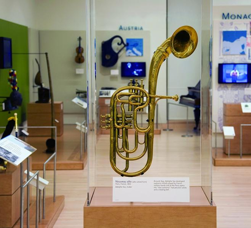 An exhibit case for just about anything is what Gemini can create for you. Shown here is a saxophone being preserved for viewing.