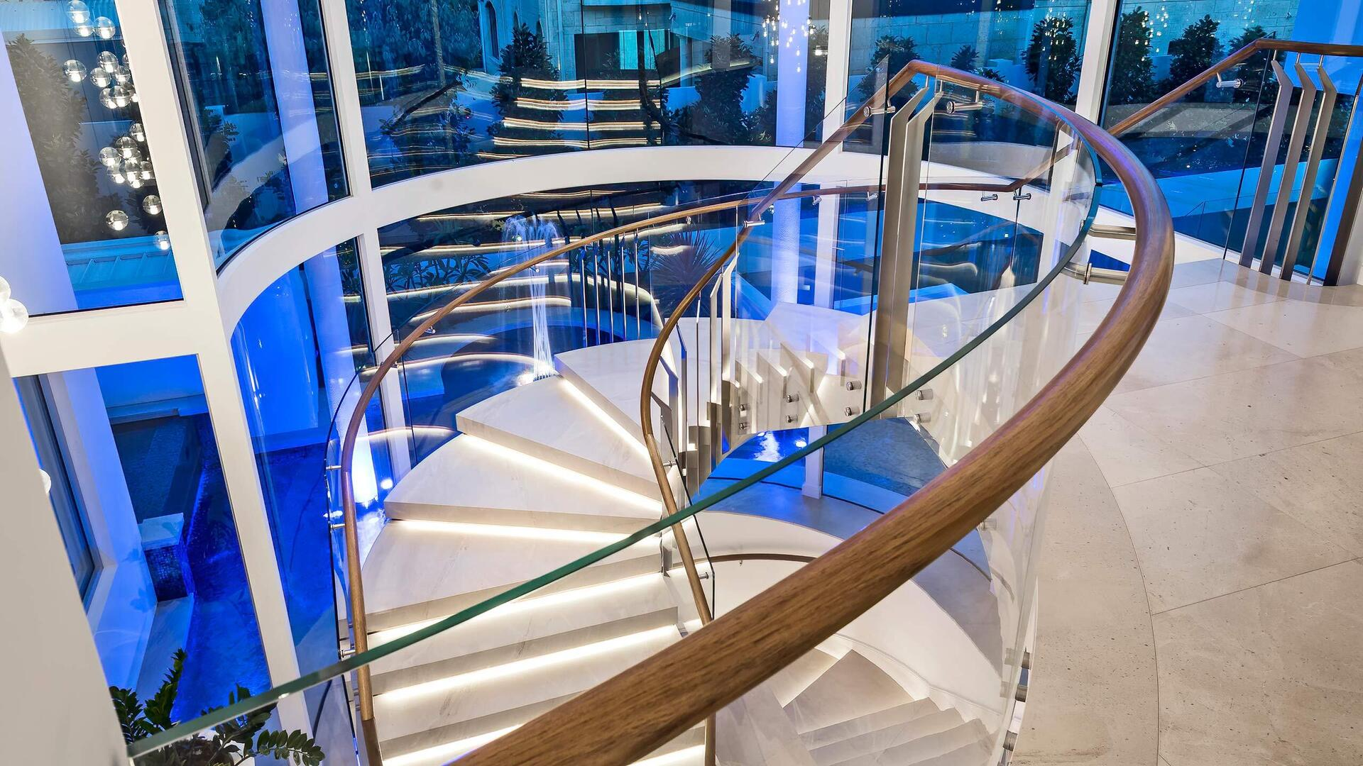 Glasshape Sorrento Residence Perth Australia Stairway with Curved Tempered Glass Close Up Detailed Design