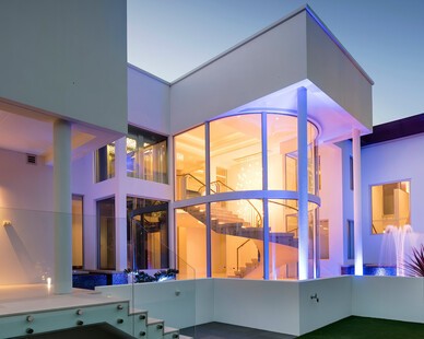 Glasshape Sorrento Residence Perth Australia Window Facade and Outdoor Lighting