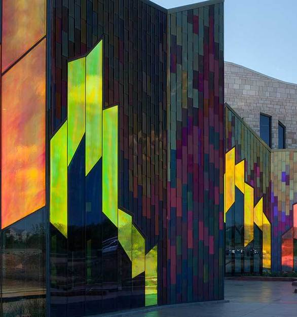 The museum at Prairiefire features Goldray Glass's color-shifting Dichroic Glass.