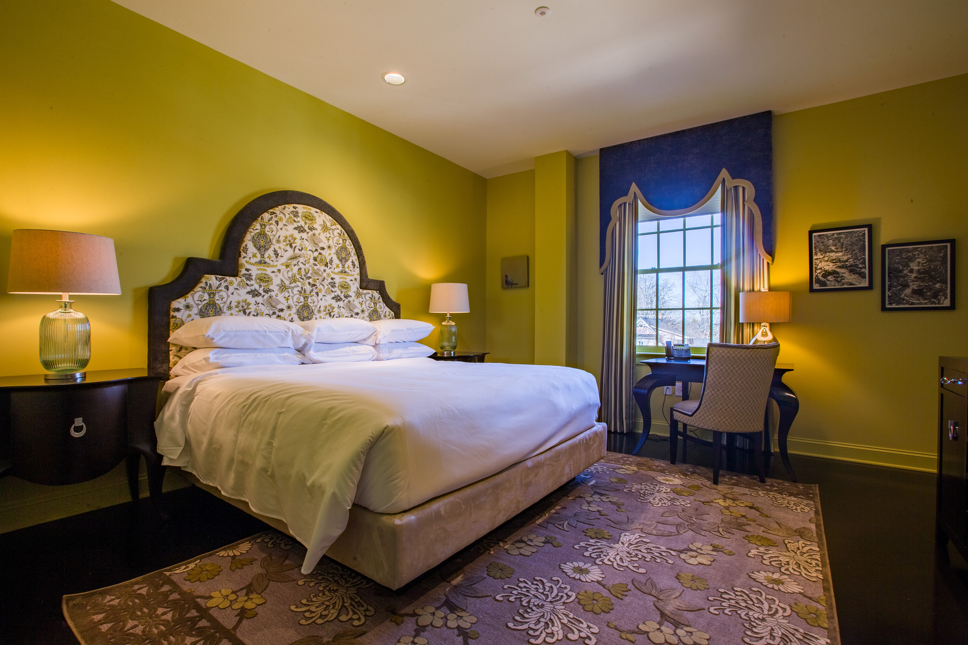 Come and enjoy your getaway at this bed and breakfast.    No need to be worried about hearing other hotel guests through the walls.  All the walls have a sound-reducing drywall by QuietRock to create a wonderful guest experience.