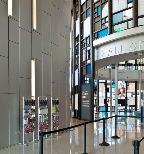 The entrance to the Hall of Fame at Mississippi Arts building has a paneled wall by Dri-Design.