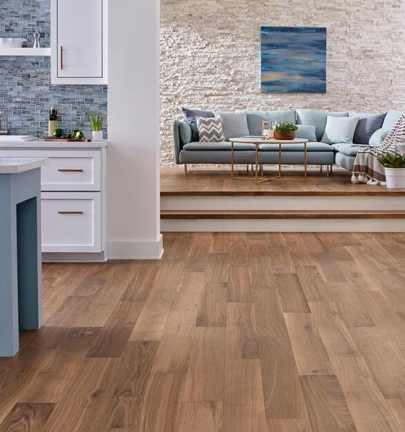As experts in installing hardwood floors, we can help you find the perfect hardwood flooring products and installation accessories.