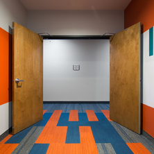 heartland-companies-union-on-lincoln-way-apartments-double-doors