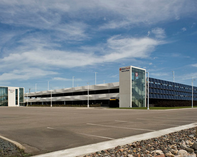 The design of the new Metro Transit Highway 610 & Noble Parkway Park & Ride Facility in Brooklyn Park, Minnesota fuses an abstraction of the surrounding landscape with a high performance, sustainable facility to create a striking statement along the Highway 610 corridor.