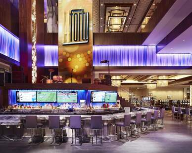 Townsend Leather's Classic Cowhide Royal CL-922 was used on the Bar Stools at Horseshoe Baltimore Casino.