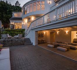 hotel outdoor patio ideas