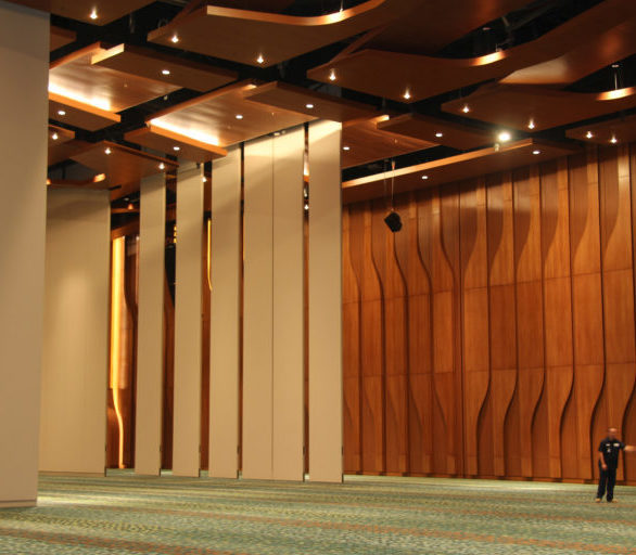 The challenge facing the design team was how to maintain premium acoustical separation within the 1.2 million square feet of exhibit and event space spread over four floors. For convention centers, the flexibility to accommodate various space requirements for differing simultaneous events is critical.