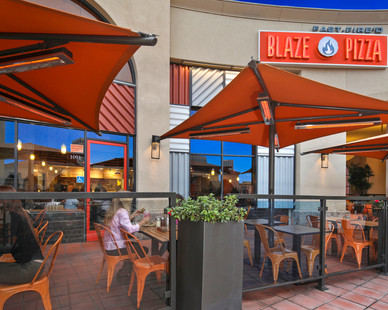 Blaze Pizza guests and visitors can take advantage of outdoor seating and dining without worrying about lower temperatures. We provided our SL-Series heaters for it's minimalistic, modern design.