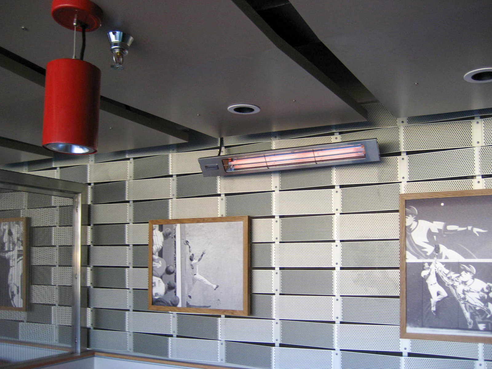 The outdoor bars areas at Target Field feature our W-Series infrared heaters to provide fans with a comfortable atmosphere while enjoying the game.
