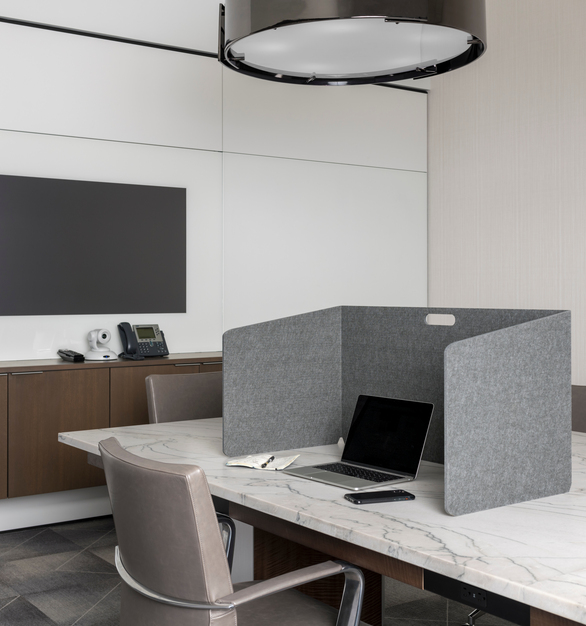 The Intego Acoustic Privacy Desk Divider provides privacy for those in the office without compromising style and design.