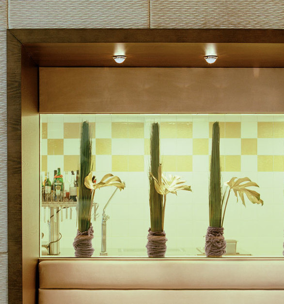 Beautiful accent lighting by Swarovski Lighting at the Iris Porsche Hotel.