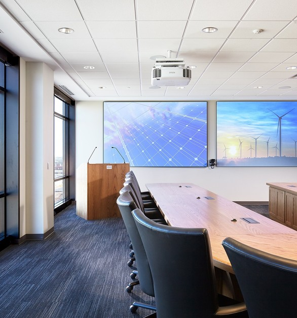 As a large corporation that serves a high volume of customers across the nation, there was a need for high-end solutions and cross-functional spaces. iSpace Environments provided AV solutions to fit this need.