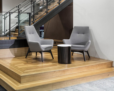 A stronger sense of community was embraced when choosing interior furniture. With flexible seating areas throughout the office space, employees can have multiple places to collaborate together or work independently.