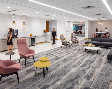 iSpace Environments Tennant Company Eden Prairie Minnesota Office Employee and Guest Common Area and Break Room Furniture Layout and Seating Design