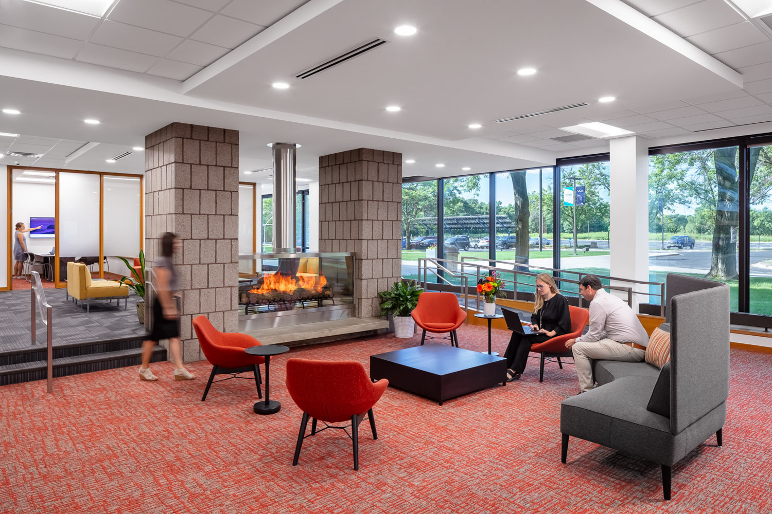 iSpace Environments Tennant Company Eden Prairie Minnesota Office Open Meeting Space Fireplace Design