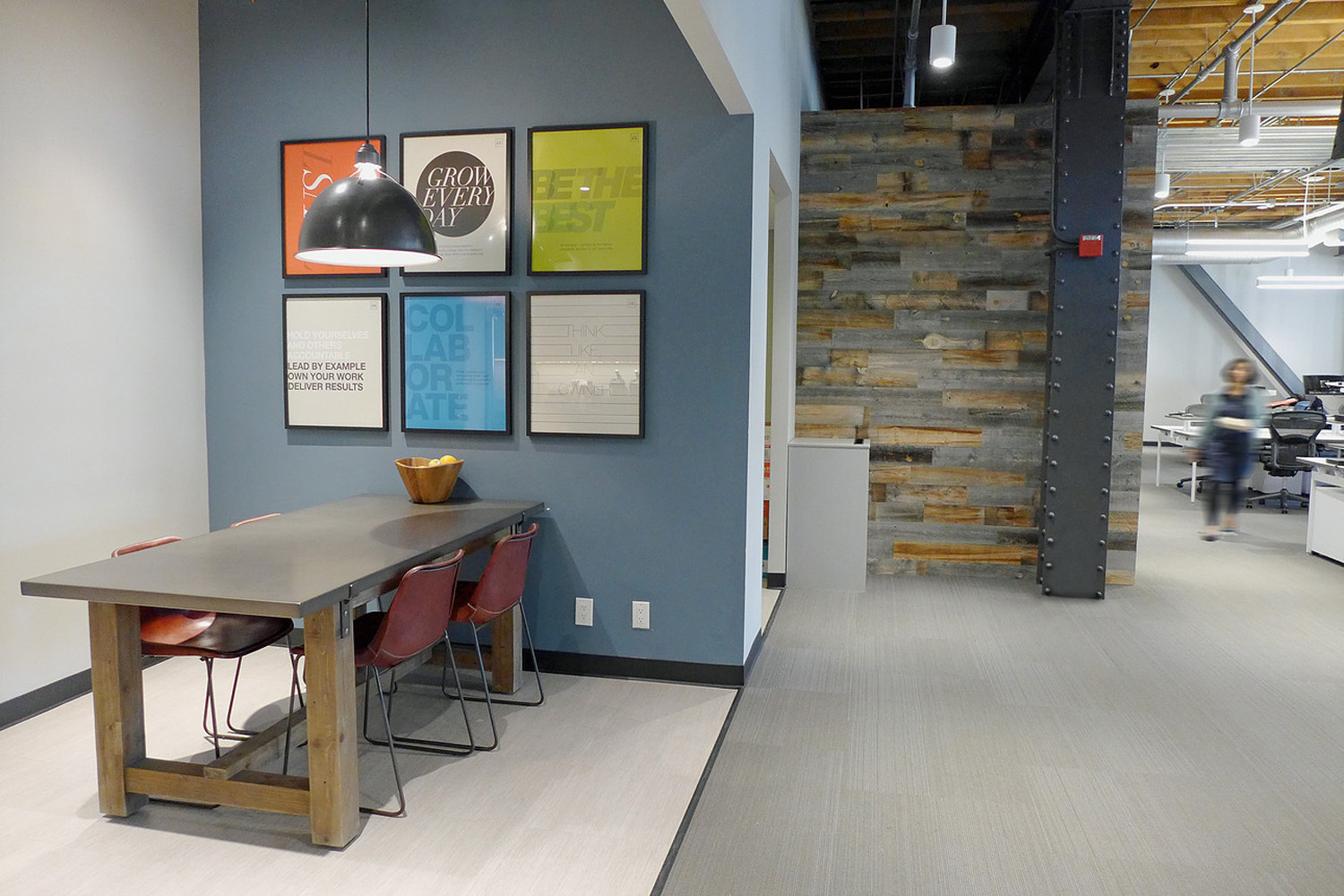 Spacious workspace at Jackson Square Office, by Jennifer Tulley Architects.