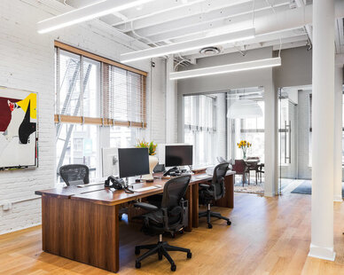 Accessible workstations help you focus on what needs to get done at SOMA in San Francisco, California, by Jennifer Tulley Architects.