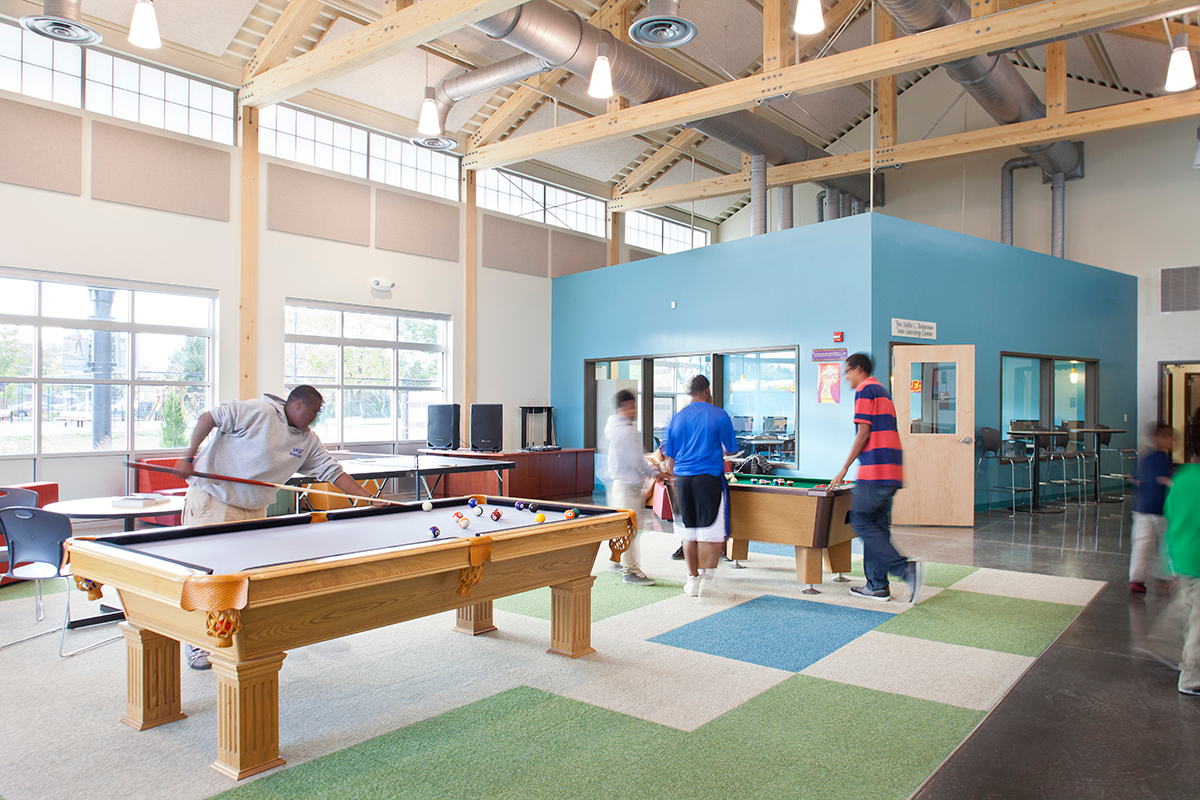 The Anschutz Center and the Vickers Boys & Girls Club, designed by OZ Architecture, earned the Mayor's Design in 2014 and is the fourth ground-up project for the Boys and Girls Clubs of Metro Denver that Kalwall has been involved with.   Photo credit: James Ray Spahn Photographer