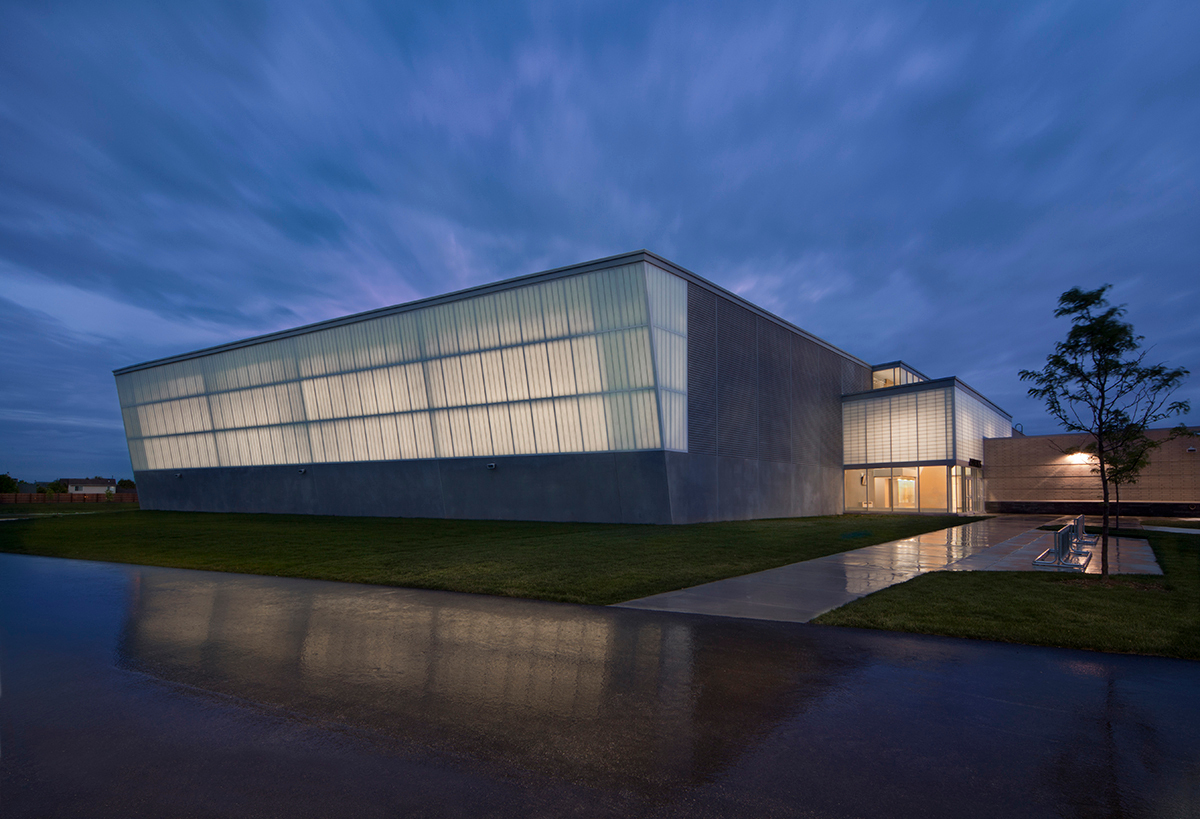 """The sprawling campus with room for 3,000 students is broken down into a handful of more intimate, human-scale learning spaces, called """"think tanks"""". Lighting up Metea comes largely from the extensive use of Kalwall® translucent curtain wall.  Photo credit: James Steinkamp Photography"""