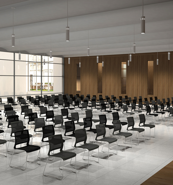 Built light with mobility in mind, Kip is perfect for training rooms, breakout spaces, or cafés.