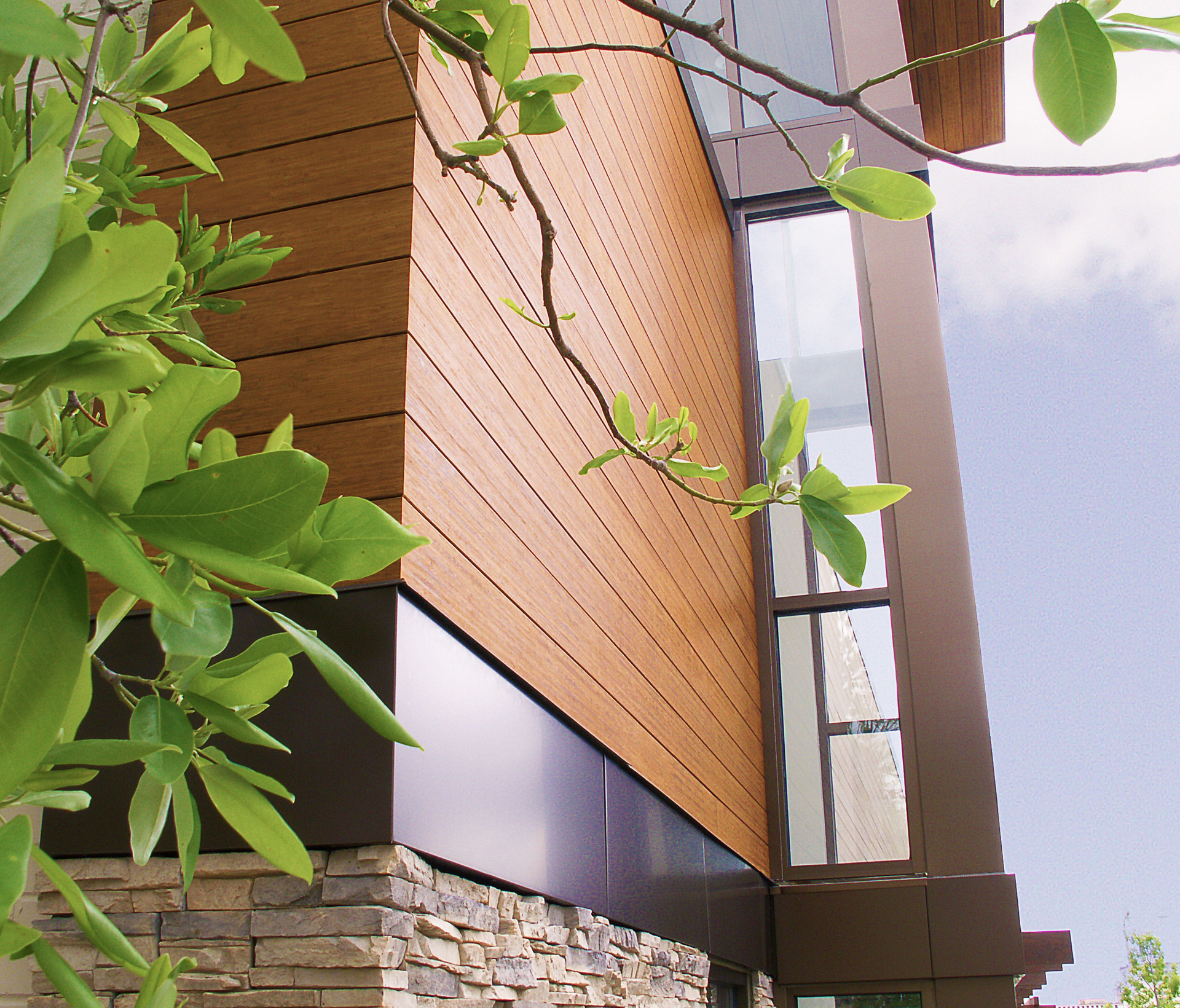 The use of Lamboo® Rainscreen™ - Exterior Siding/Cladding can be see throughout the exterior of Baptist Medical Group.