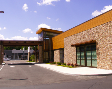Baptist Medical Group, located in Union, Tennessee, features Lamboo® Rainscreen™ - Exterior Siding/Cladding & Lamboo® Rainscreen™ - Soffit throughout the exterior.