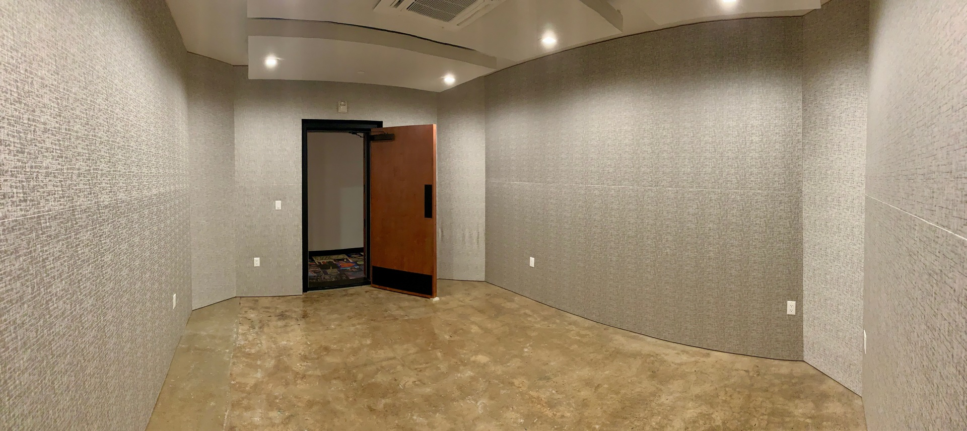 Connecting and inspiring musical innovators in a private, professional sanctuary of collective creativity is the LemonTree Mission.    LemonTree chose QuietRock® Sound Reducing Drywall to provide the sound isolation that was needed to create an environment conducive for music recording.