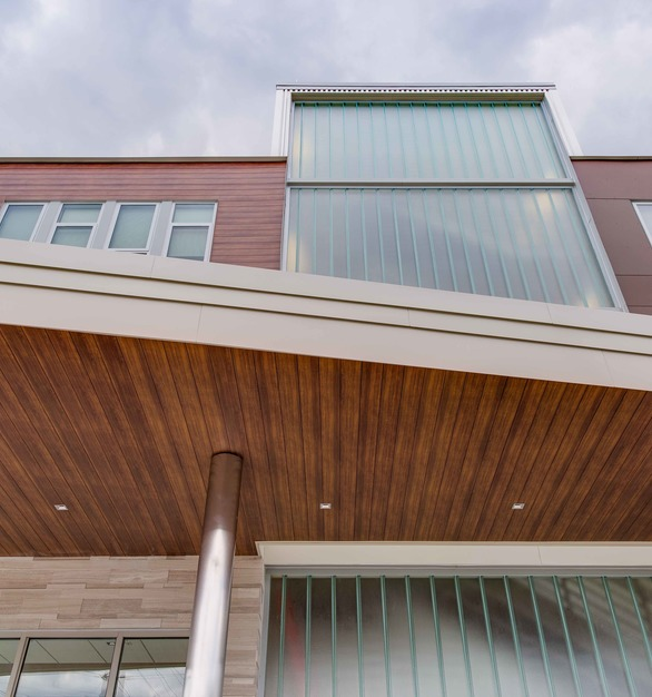 Our soffit system is built for easy install, and creative adaptability.  This system is available in 5 different profiles, 18 woodgrains, 10 solid colours and 4 shimmers.