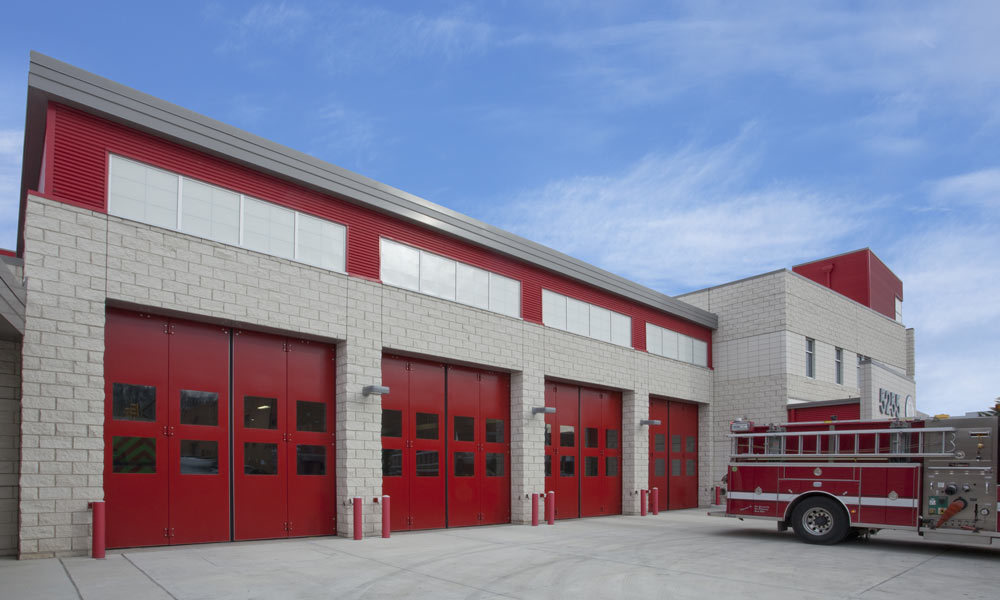 Major Industries Guardian 275® Wall System was used in as the transom windows in the Eisenhower Avenue Fire Station.