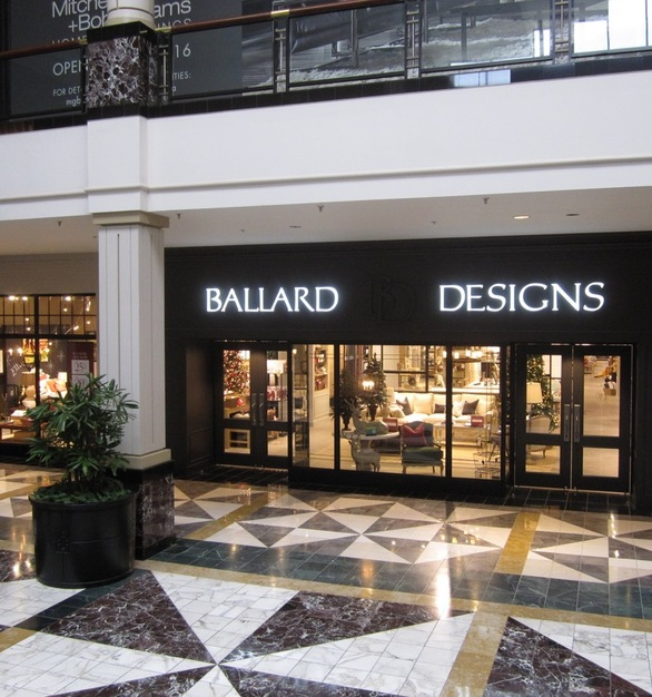 The steel framing components create a look that stands out from any typical glass mallfront while structurally allowing for large glass panels to create greater unobstructed views. The mall-line steel storefront is provided by Metal Boutique.