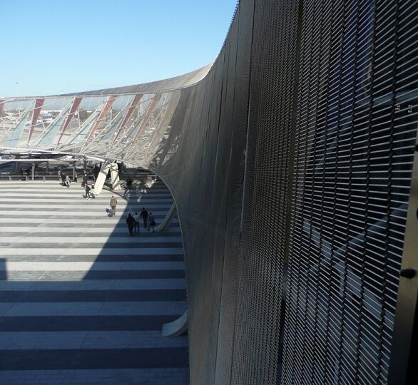 In 2013, the Adelaide Airport parking structure used GDK's Tigris metal fabrics.