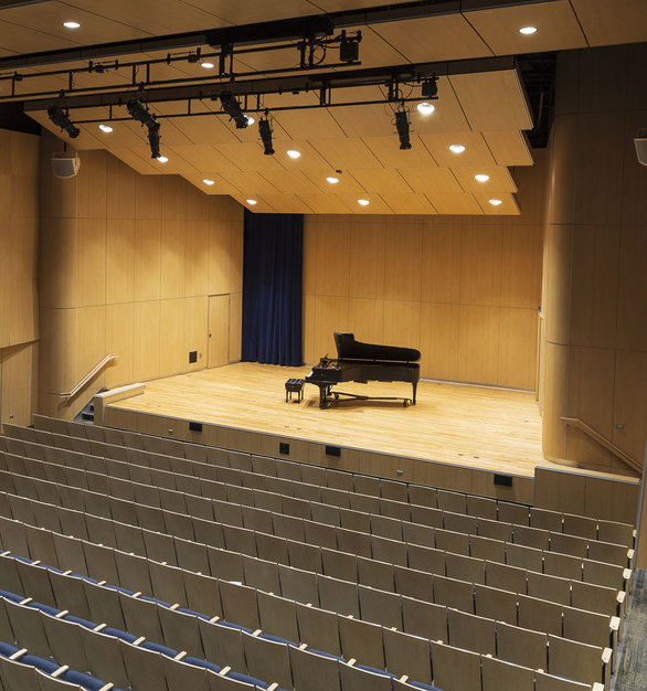 The Kresge Recital Hall has always been the campus' key performance area. The recently renamed Hamre Hall got a refreshed look to celebrate its new identity. The renovation included an entirely redesigned seating layout, improved stage accessibility, a state-of-the-art sound system, updated ceiling and wall acoustics and over 40 of our REV 8 and REV 4 recessed downlights.
