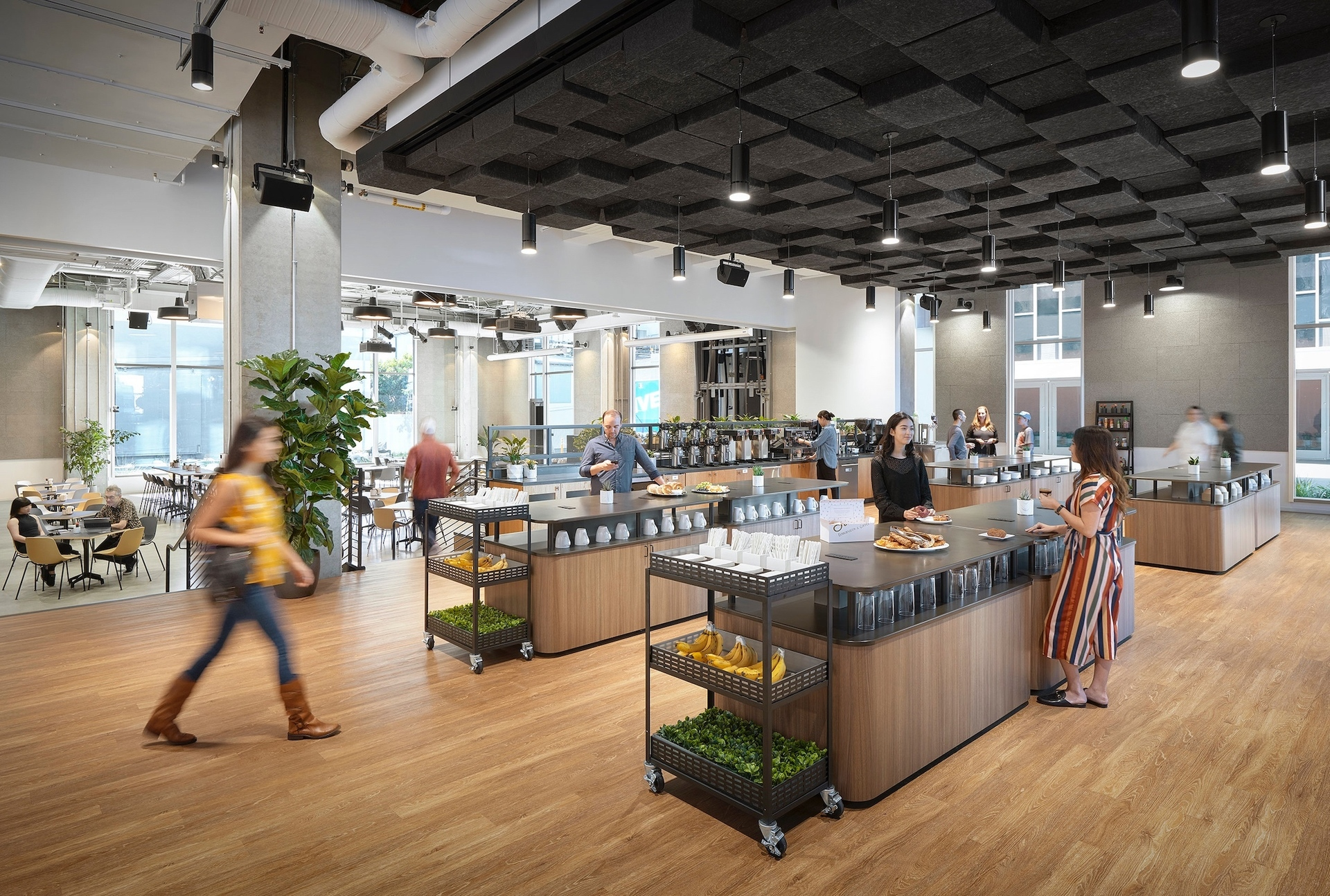 An easily accessible office eatery for all the enjoy at the Cue office. Meteor Lighting provided their Atria 4 cylinder lights to light various interior spaces.
