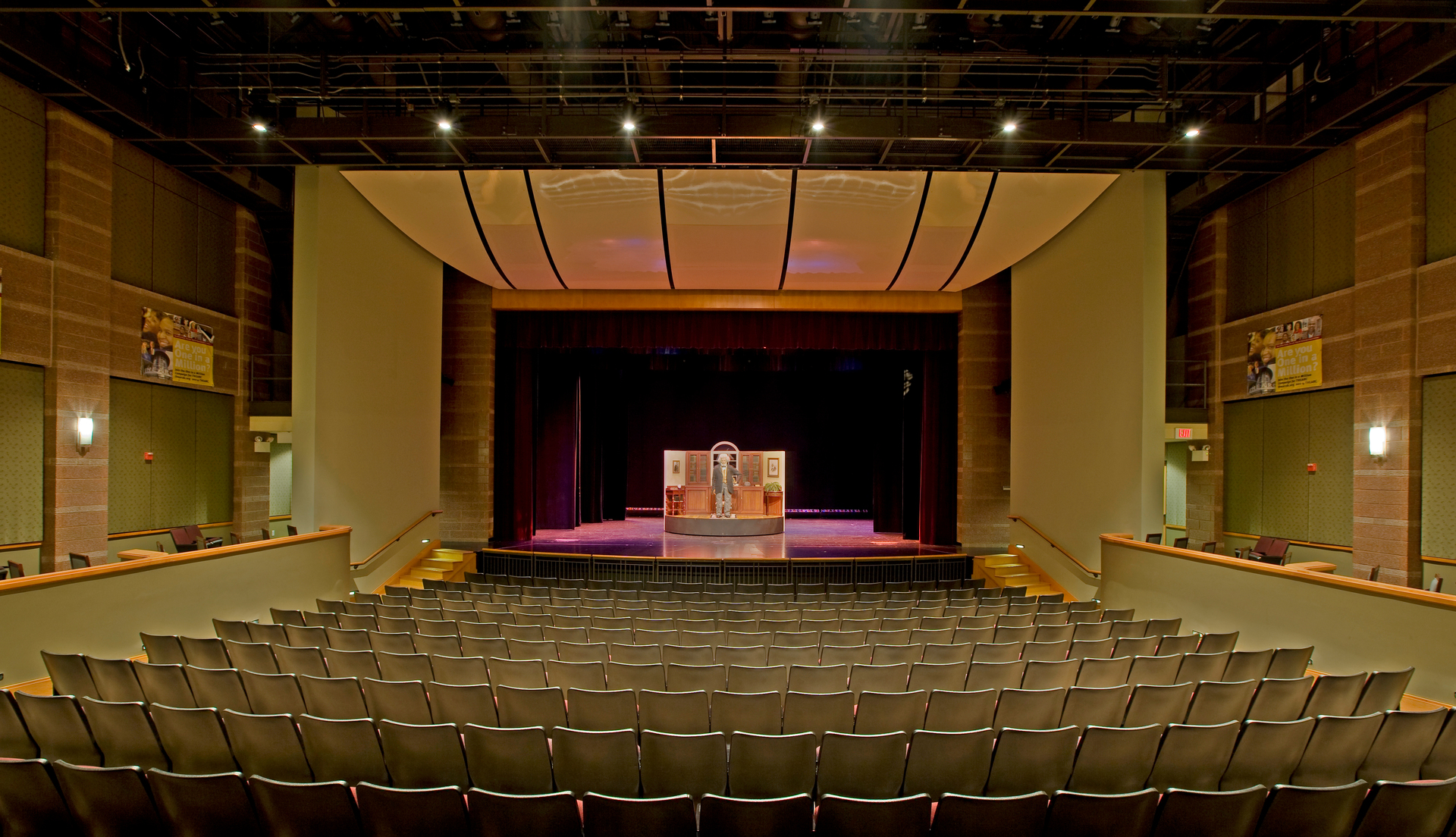 THEARC, or the Town Hall Education Arts Recreation Campus is a home for arts and culture in south Washington. The theatre where 40 of our Signum 10 cylinders are installed hosts world class performances and programs for families, youth and adults.