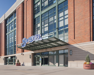 Home to Milwaukee Brewers, the entrance exterior for American Family Field has a small covered awning, large picturesque windows and a variety of bricks supplied by Belden Brick. The variety of shapes, sizes and thickness helps create a stunning facade at the stadium.