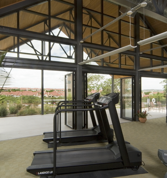 The beautiful Nanawall turns this fitness center into an outdoor pavilion in a matter of seconds.
