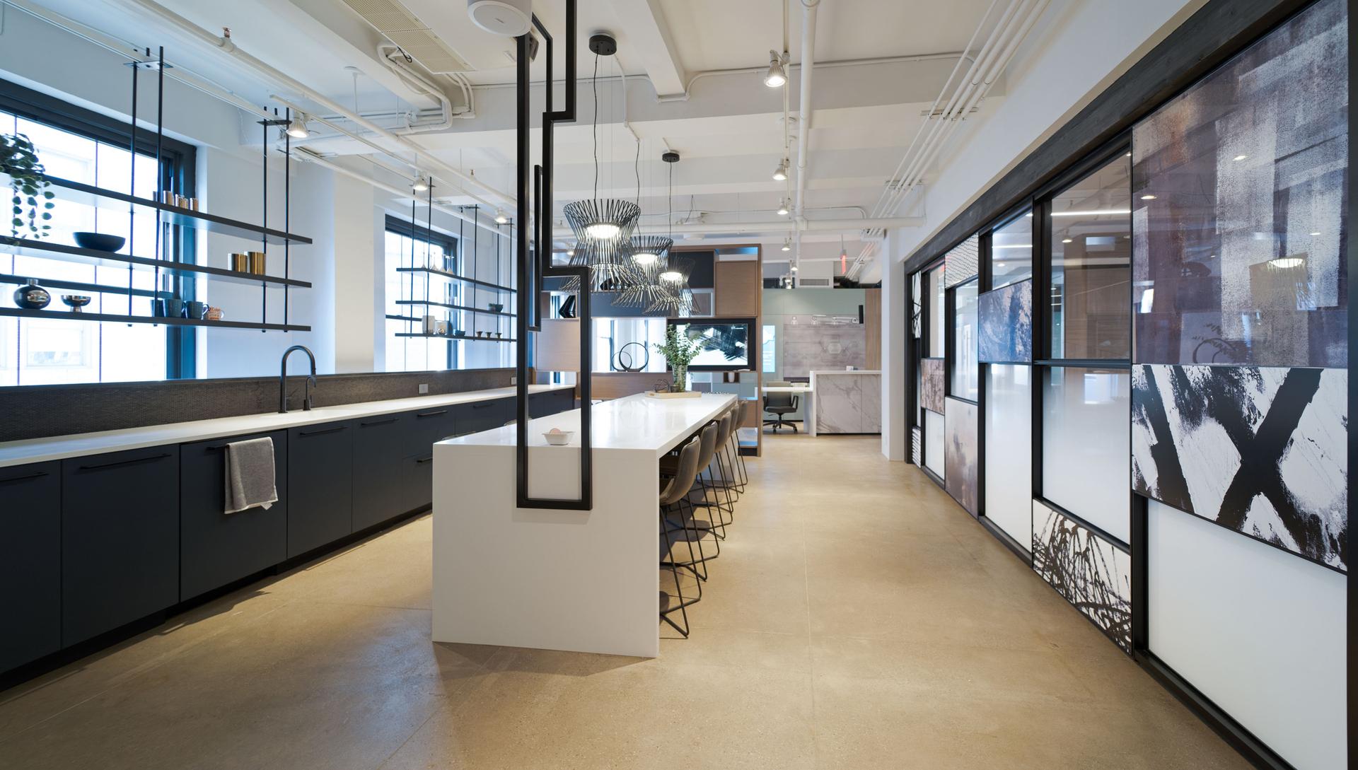 New York DIRTT Experience Center photo showing a kitchen built using DIRTT custom modular interior solutions.