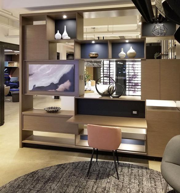 New York DIRTT Experience Center photo showing a work lounge built using DIRTT custom modular interior solutions.