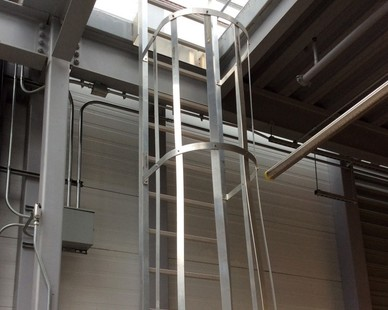 O'Keeffe's Cage Ladders are lightweight, corrosive resistant and a low maintenance aluminum. Shown here is the Model 531 Cage Ladder.