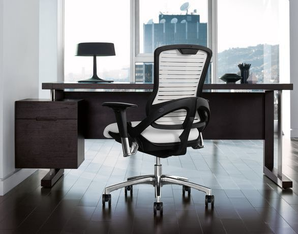 OM Smart Seatings OM5 Series® is a ''modern classic'' suited to environments from general work, to executive suites, to boardrooms.