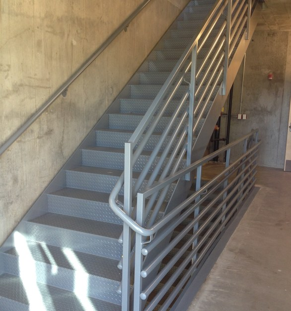 Pacific Stair Corporation provides an industry standard design of the 200 series pipe rail option.
