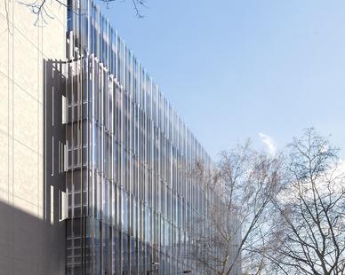 Situated along High Holborn Street in the Borough of Camden, 150 Holburn is a nine-story mixed-use headquarters development. Image Credit© PERKINS + WILL