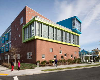 The eye-catching facade design of Irwin M. Jacobson Elementary School in New Bedford, MA. The window system fixtures were provided by Pella, specifically the Architect Series® Traditional series windows.